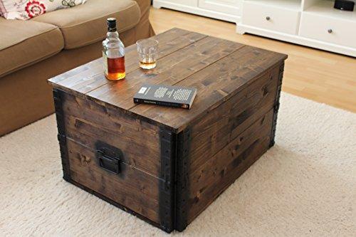 holzkiste truhe couchtisch beistelltisch vintage shabby chic landhaus massivholz nussbaum. Black Bedroom Furniture Sets. Home Design Ideas